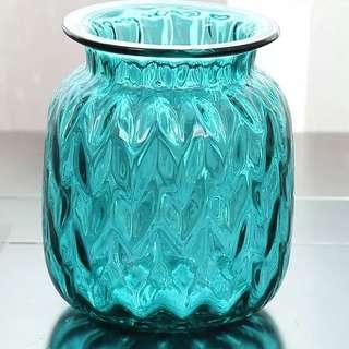 Pre-Loved Classy Glass Vase in Turquoise