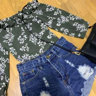🚚 Off shoulder green floral top #Next30