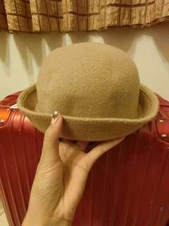 🚚 小圓駝色帽
