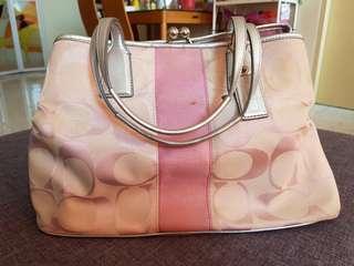 COACH Signature Framed Carryall Light Pink Kiss Lock Purse Bag