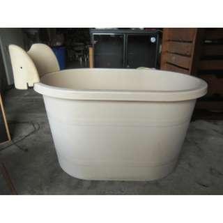 【尚典中古二手家具】中古小澡盆(二手澡盆)塑料小澡盆