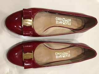 Authentic Ferragamo Vara patent red low heel size 8.5D