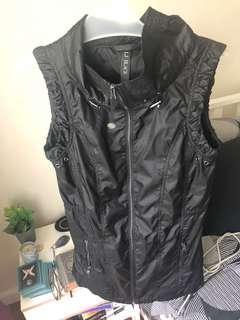 Lorna Jane Black Vest XS
