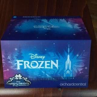 A limited edition Disney Frozen EZ-link card