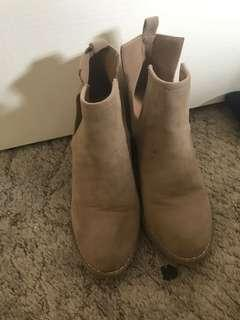 Rubi boots size 38