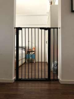 Extra tall pressure fit safety gate