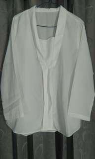 Baju atasan panjang polos putih