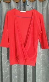 Baju atasan merah