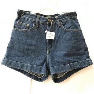 🚚 深藍牛仔反摺短褲(僅限7-11超取付款)