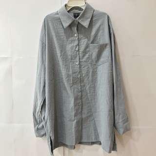 🚚 灰色絨布襯衫下襬開叉(僅限7-11超取付款)