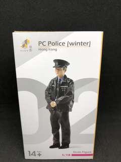 Tiny 1/18 PC Police 軍裝巡邏警員(冬季)