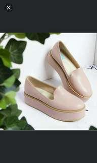 Sepatu wiggly shoes by dnc