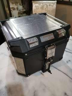 Kappa Kventure 42l motorcycle box