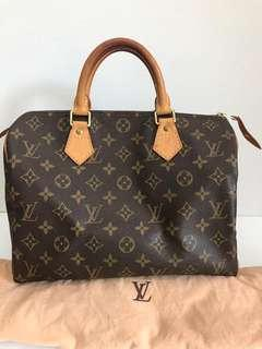 preloved lv speedy 30 monogram 2003 comes with dustbag and padlock