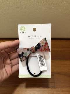🚚 JAPANESE PONYTAIL HOLDER