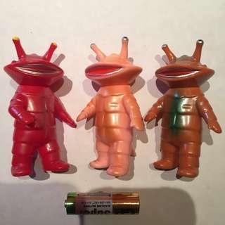 カネゴン 食錢怪 Kanegon U.S. Toys figure 一套三隻 [鹹蛋超人Ultra Q 怪獸 錢多多 圓谷 TSUBURAYA 円谷 Sofubi]可動 US Toys action figure
