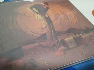 Leo Canvas Album