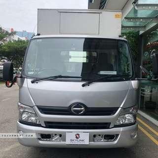 2017 Hino XZU710R 14ft Truck