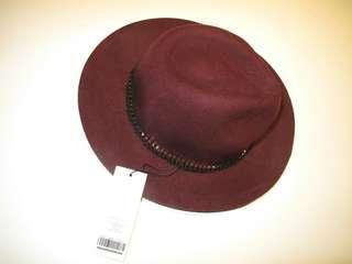 🚚 法蘭絨圓頂帽(酒紅)