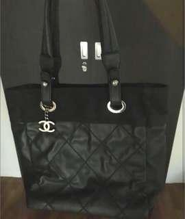 🎀Authentic Chanel Biarritz Tote🎀