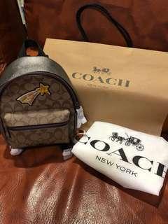 COACH限量款後背包..