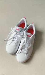 Adidas 新款波鞋
