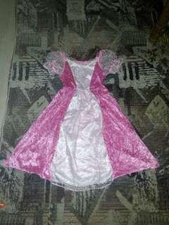 Fantasy play girl costume 4-6 yrs old