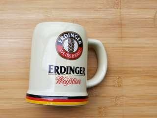 全新啤酒杯