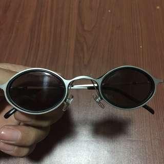 Kacamata John Lennon (Vintage)