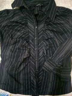 Kemeja hitam stripe