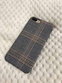 *Last One 聖誕禮物精選🎅🏻 iPhone Plus - 6 7 8 冬日灰色格仔絨面電話殼 Christmas