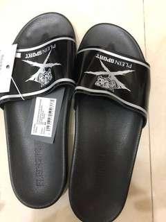 🚚 PLEIN SPORT 正版拖鞋29公分