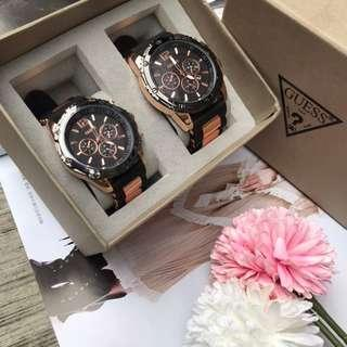 GUESS ANALOG RUBBER EXCLUSIVE