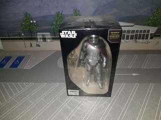 Star Wars Captain Phasma statue