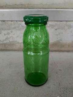 Petite Twist-Cap Green Glass Bottle (180 ml)