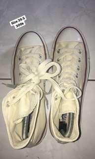 Converse prelove size 39.5 SALE AKHIRTAHUN