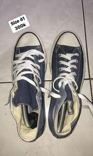Converse preloved size 41 SALE
