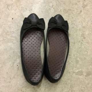 Clarks Black Flat Shoes