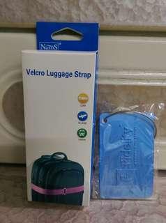 桃紅色行李帶&藍色金屬行李牌