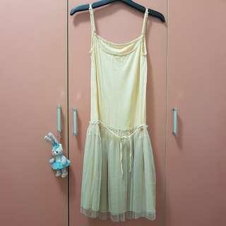 🚚 森林系米色內搭拼接紗裙襯裙洋裝