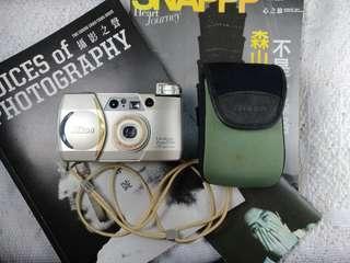 🚚 Nikon zoom 70w