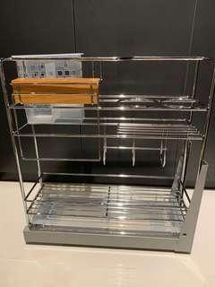 Kitchen pull out basket rack