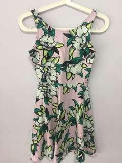 BNWOT H&M Floral Dress