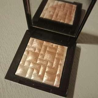 Bobbi brown pink glow highlighter