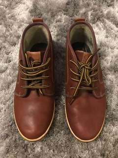 Fred Perry Leather sneakers sz 38