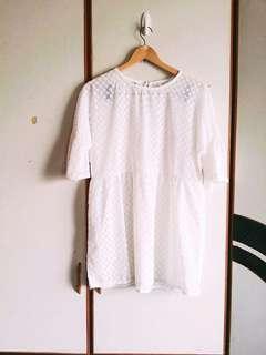 🚚 🔸白色點點透膚洋裝 #半價衣服拍賣會