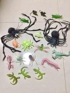 Glow In The Dark Soft Rubbery Creepy Crawlies
