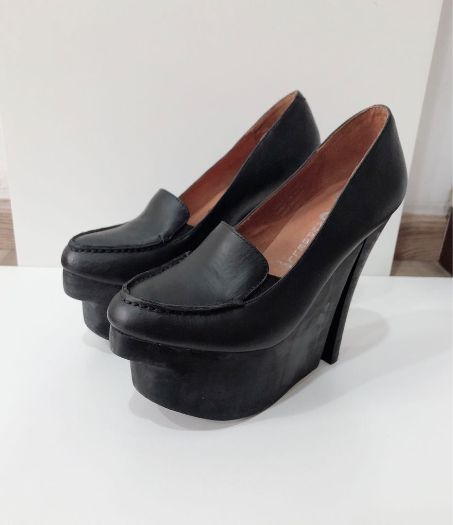 c6930198e44f FASTDEAL  🆕 Authentic Jeffrey Campbell Get Out in Black