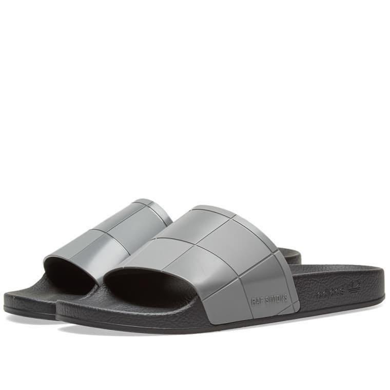 INSTOCK Raf Simons X Adidas Slippers