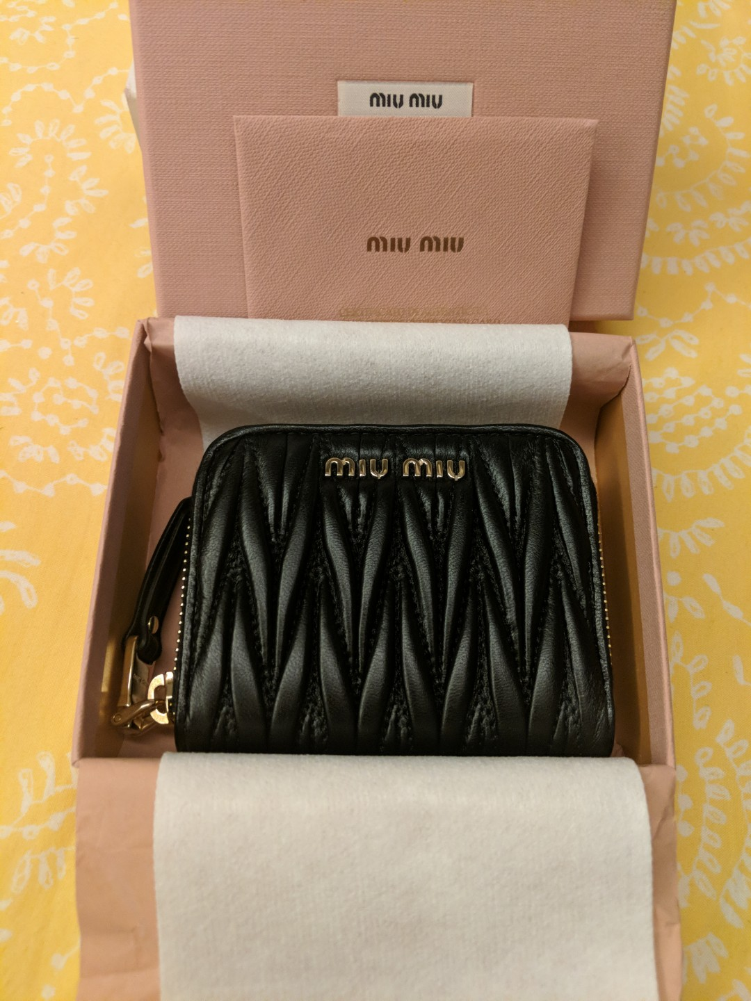 2c9ffc9f7 Miu miu coin/card purse (5MM268), Luxury, Bags & Wallets, Wallets on  Carousell